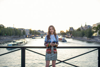 «Эмили в Париже» — кадры