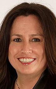 Бет МакКарті-Міллер (Beth McCarthy-Miller)