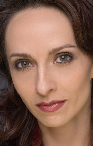 Еліза Шнайдер (Eliza Schneider)